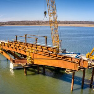 First stages of the steel span. Image by Aerosnapper.